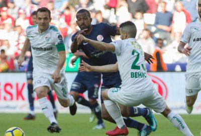 Antalyaspor – Bursaspor maçından kareler