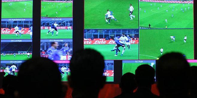 VAR futbol kurallarına eklendi