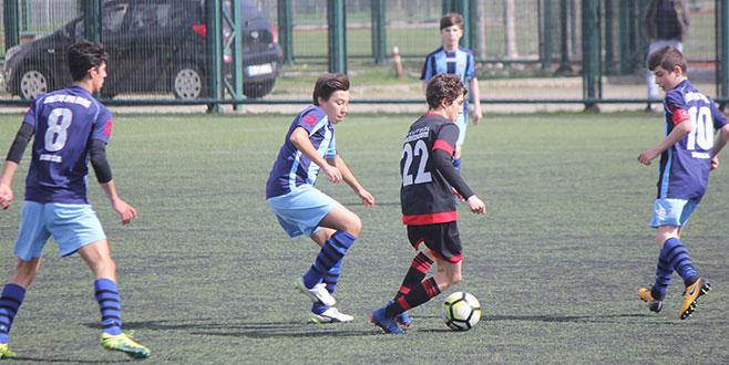 Gazipaşaspor'dan müthiş dönüş! 3-2