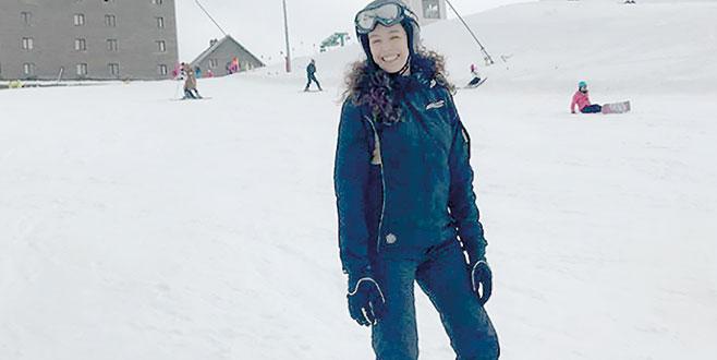 Snowboard'a merak sardı