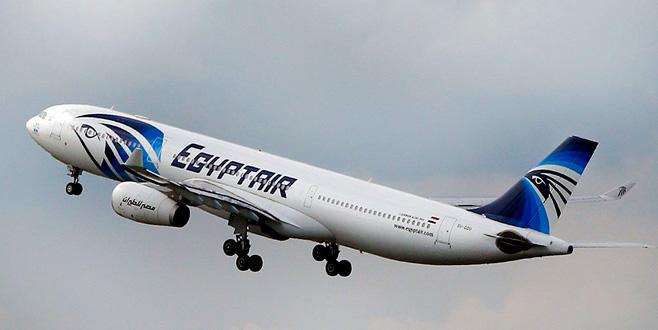Kahire uçağında panik!