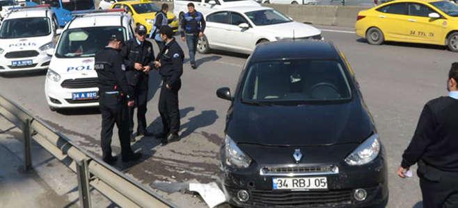 Önce otobüse sonra polis aracına çarptı