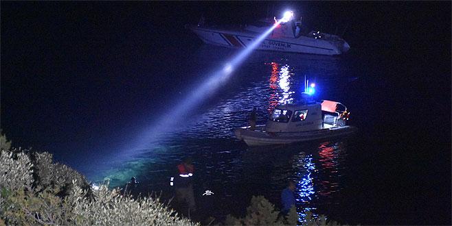 Belediye başkan yardımcısının aracı denize uçtu: 1 ölü