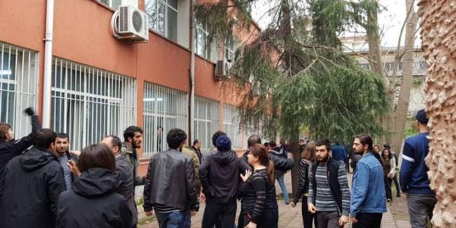 Üniversitede iki öğrenci grubu arasında kavga: 3 yaralı, 22 gözaltı