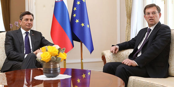 Slovenya Başbakanı istifa etti