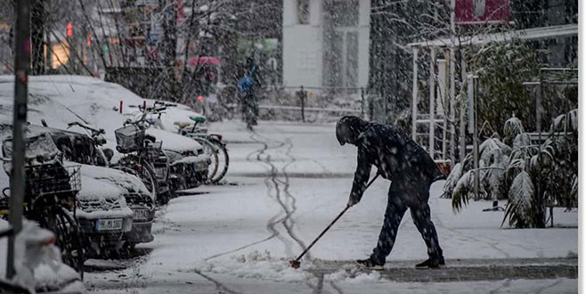 Avrupa bahar öncesi soğuk havaya teslim