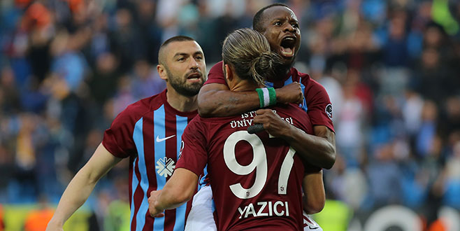 Trabzonspor dört köşe!