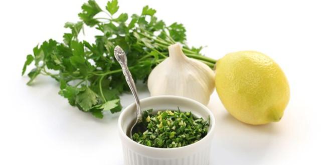 Kalp damar tıkanıklığı için maydanoz sarımsak limon