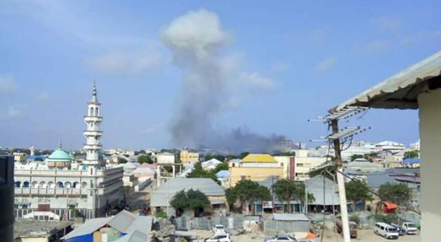 Somali'de patlama! Parlamento yakınlarında çatışma çıktı