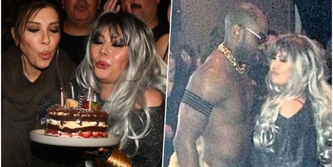Ünlü oyuncu doğum gününde coştu!