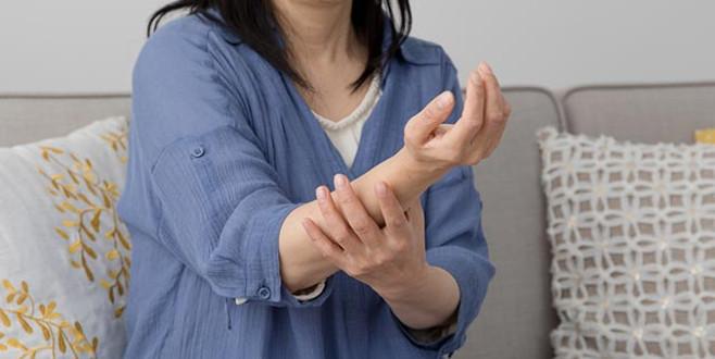El ve ayaklarımız neden uyuşur?