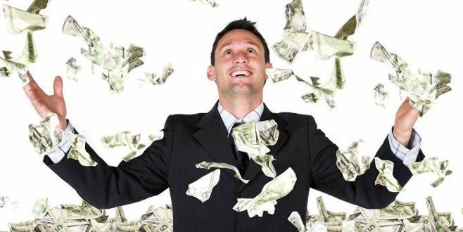 Para insanı nasıl değiştiriyor?