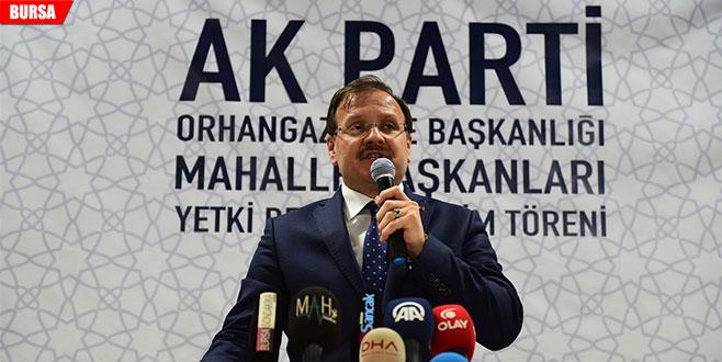 Hakan Çavuşoğlu: 'Asla pabuç bırakmayacağız'
