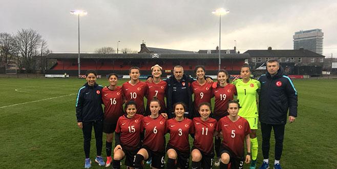 Kadın Milliler İspanya'ya 5-0 yenildi