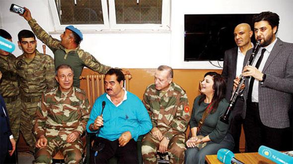 İbrahim Kalın'dan 'selfie çeken asker' açıklaması!