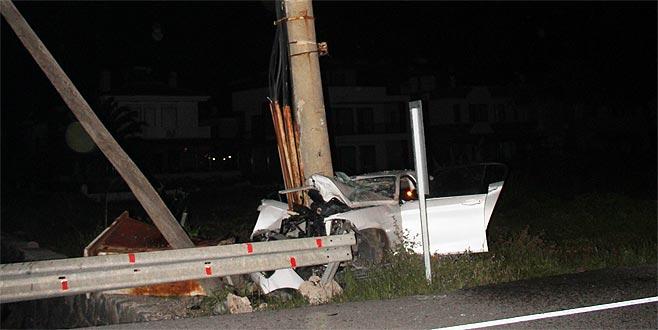 Korkunç kazada 3 genç hayatını kaybetti