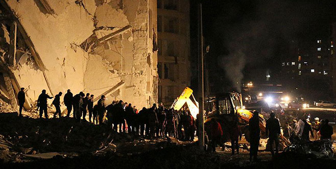 İdlib'de patlama: 15 ölü, 36 yaralı