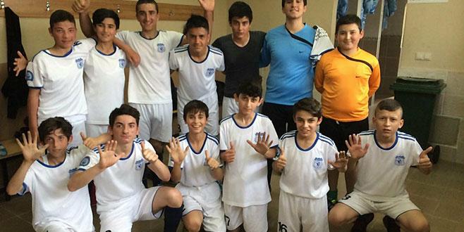 Bol gollü maç Bülent Yavuz'un! 6-2
