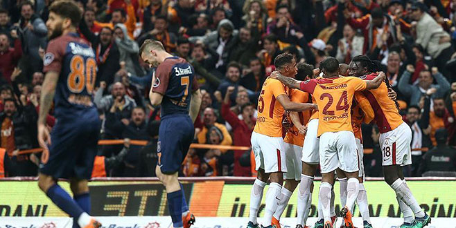Zorlu maçta gülen taraf Galatasaray oldu