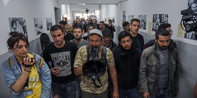 'Sarkisyan Başbakan olmasın' protestosu
