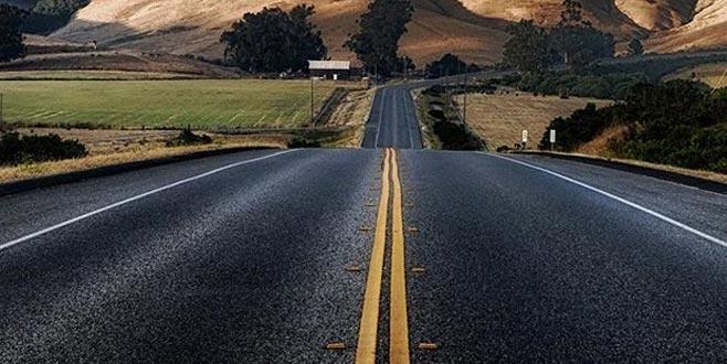 'Marş çalan' yol kapatıldı