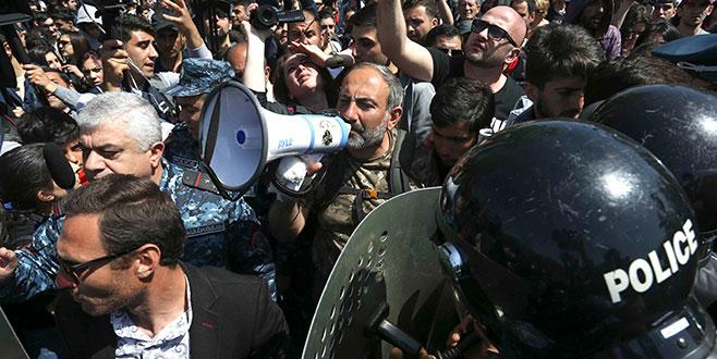 Ermenistan'da hükümet karşıtı gösterilere müdahale