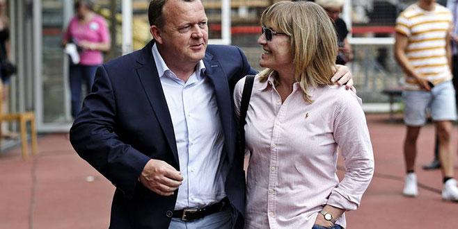 Başbakanının eşi işten çıkarıldı