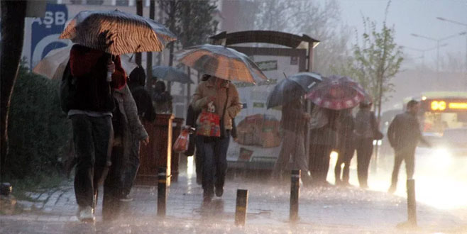 Bursalılar dikkat! Meteoroloji'den sağanak yağış uyarısı