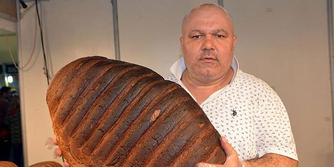 Bu ekmeğin fiyatı dudak uçuklatıyor!