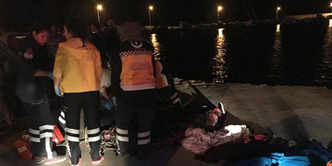 Çanakkale'de göçmenleri taşıyan fiber tekne battı: Çok sayıda ölü var