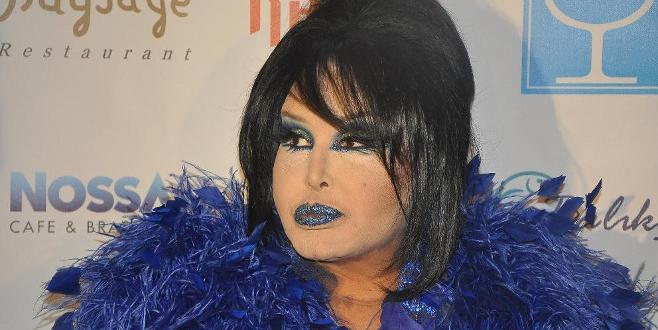 Kendisine 'Hepatit B' diyen ünlü şarkıcıyı affetmedi
