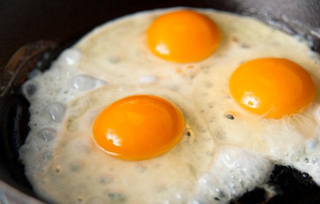 Pişmiş yumurtada bunu görürseniz dikkat!