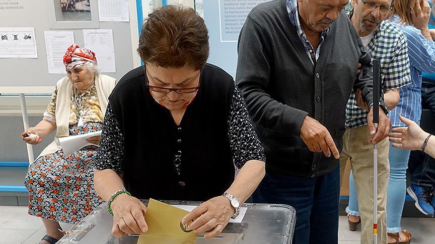 Darülaceze sakinleri oy kullandı