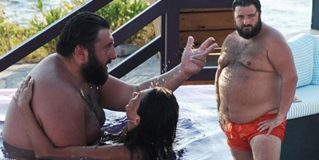 Sevgilisiyle havuz fotoğrafları olay olmuştu! Yanıt gecikmedi