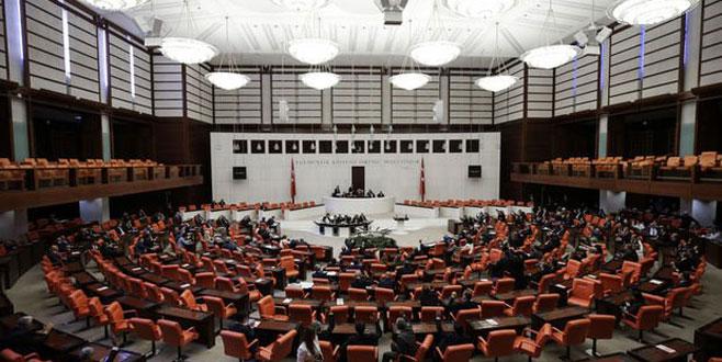Bedelli askerlik Meclis'e geliyor!