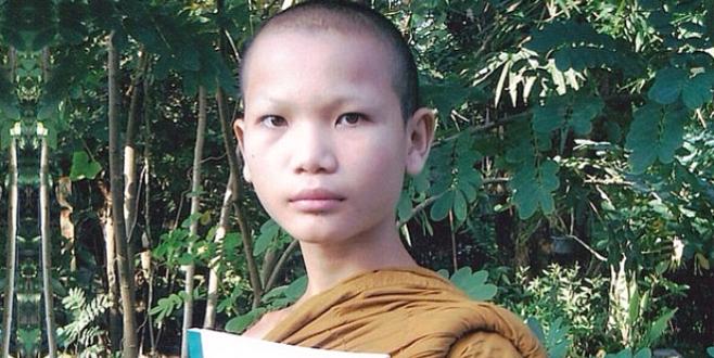 Cinsiyet değiştirip Tayland'ın en güzel modeli oldu