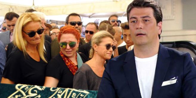 Pınar Altuğ, Vatan Şaşmaz'ı unutmadı…
