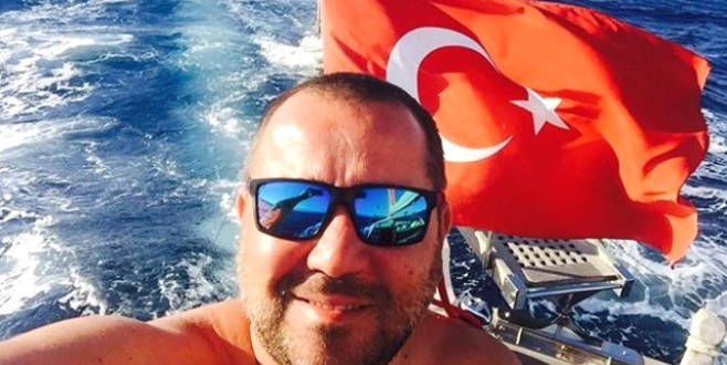 Bursalı sanatçının 30 Ağustos Zafer bayramı paylaşımına beğeni yağdı!