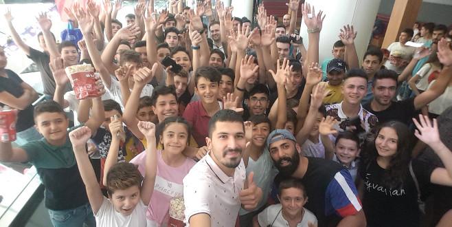 'Facia Üçlü' ekibi Bursa'yı salladı