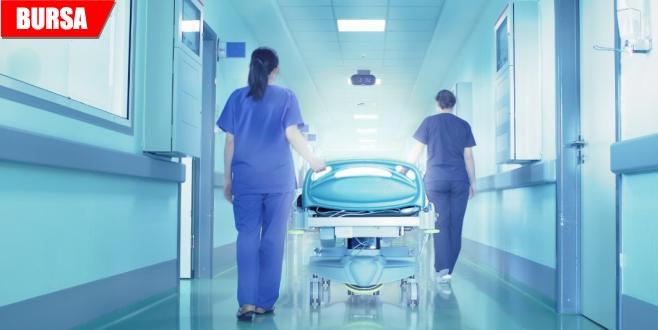 Yürüyerek gittiği hastanede öldü