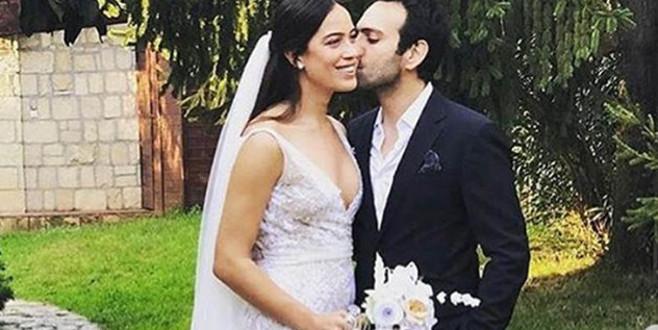 Ünlü çift evlendi!