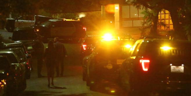 Ünlü şarkıcıya şok! Polisler evine helikopterle girdi