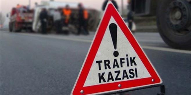 Bursa'da MOBESE kameralarına yansıyan ilginç kazalar