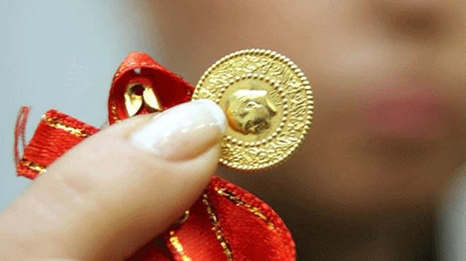 Düğünde taktığı çeyrek altını icra yoluyla geri aldı