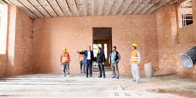 Taş Mektep'te restorasyon hızlanıyor