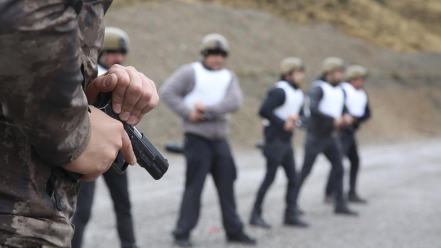 Narkotik polisine 'özel harekat' eğitimi