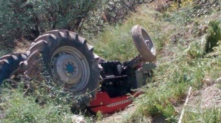 İznik'te traktörler çarpıştı