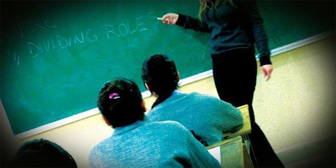 Yaklaşık 1 milyon öğretmen genç nüfusu geleceğe hazırlıyor