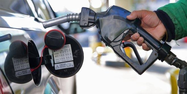 Araç sahiplerine müjde! Benzin fiyatında yeni indirim