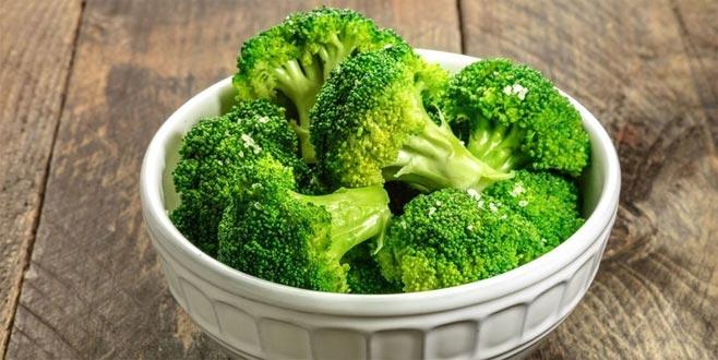 Brokoliyi suda haşlayanlara kötü haber!